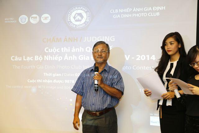 Mr. Nam Thanh chủ tịch hội nhiếp ảnh Tp. HMC có đôi lời phát biểu