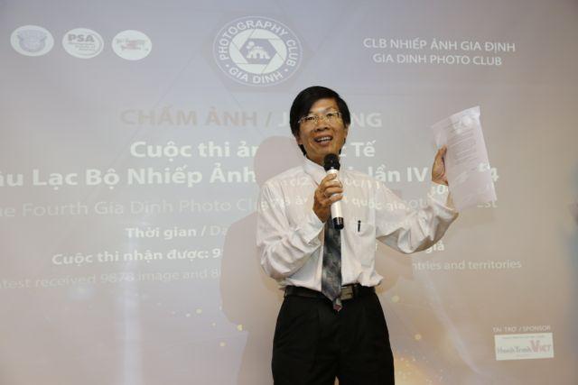 Anh Hoàng Trung Thuỷ có đôi lời phát biểu cảm ơn Ban Giám Khảo, Ban Tổ Chức và các nhà tài trợ đồng hành cùng cuộc thi GDPC 2014